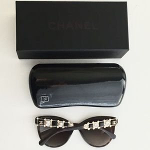 CHANEL Sunglasses pearl & crystal NWOT